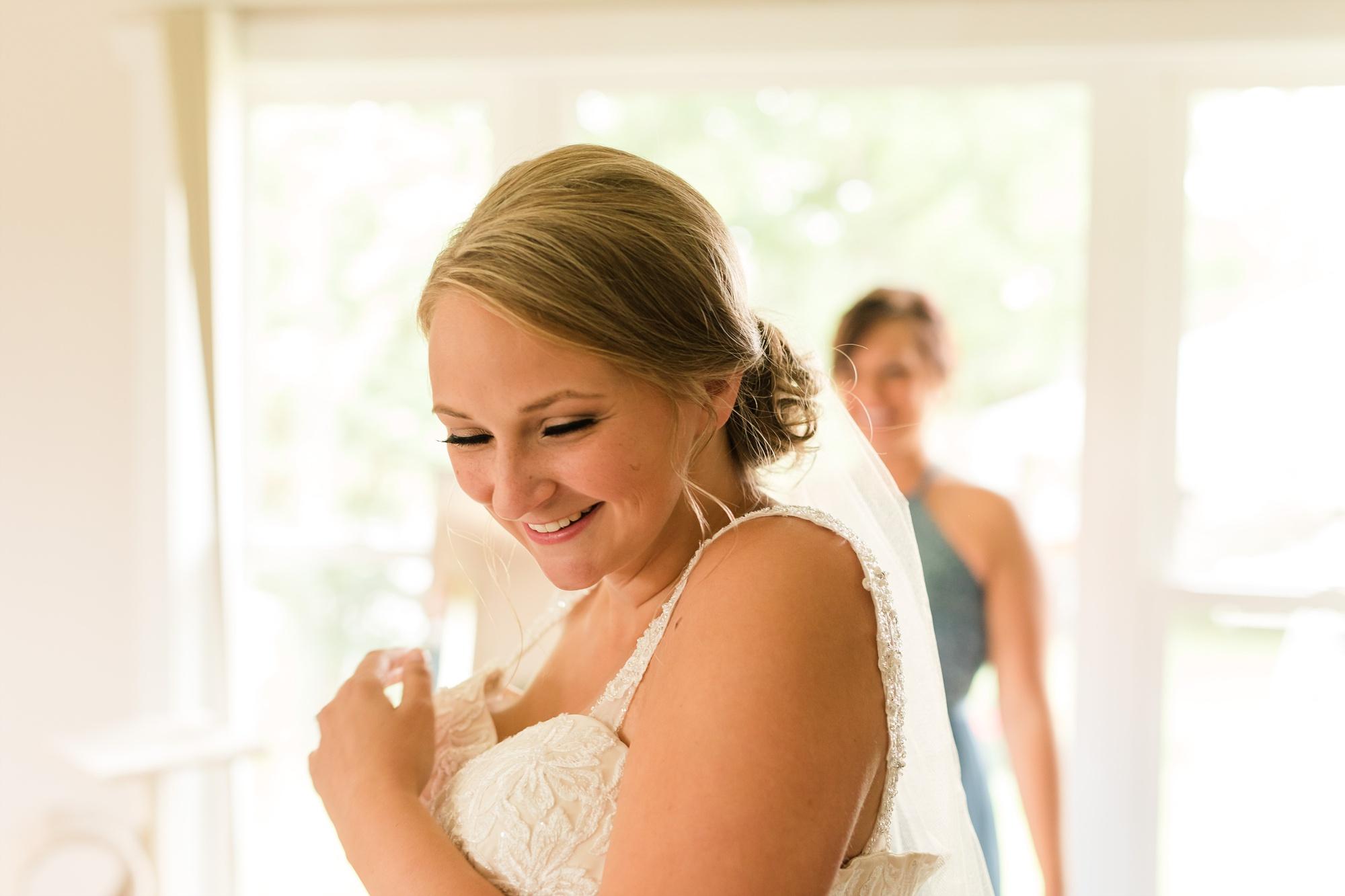 Amber Langerud Photography_Farmsite, Country Wedding_5557.jpg
