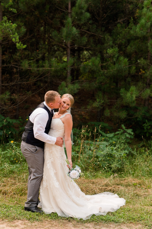 Amber Langerud Photography_Farmsite, Country Wedding_5565.jpg