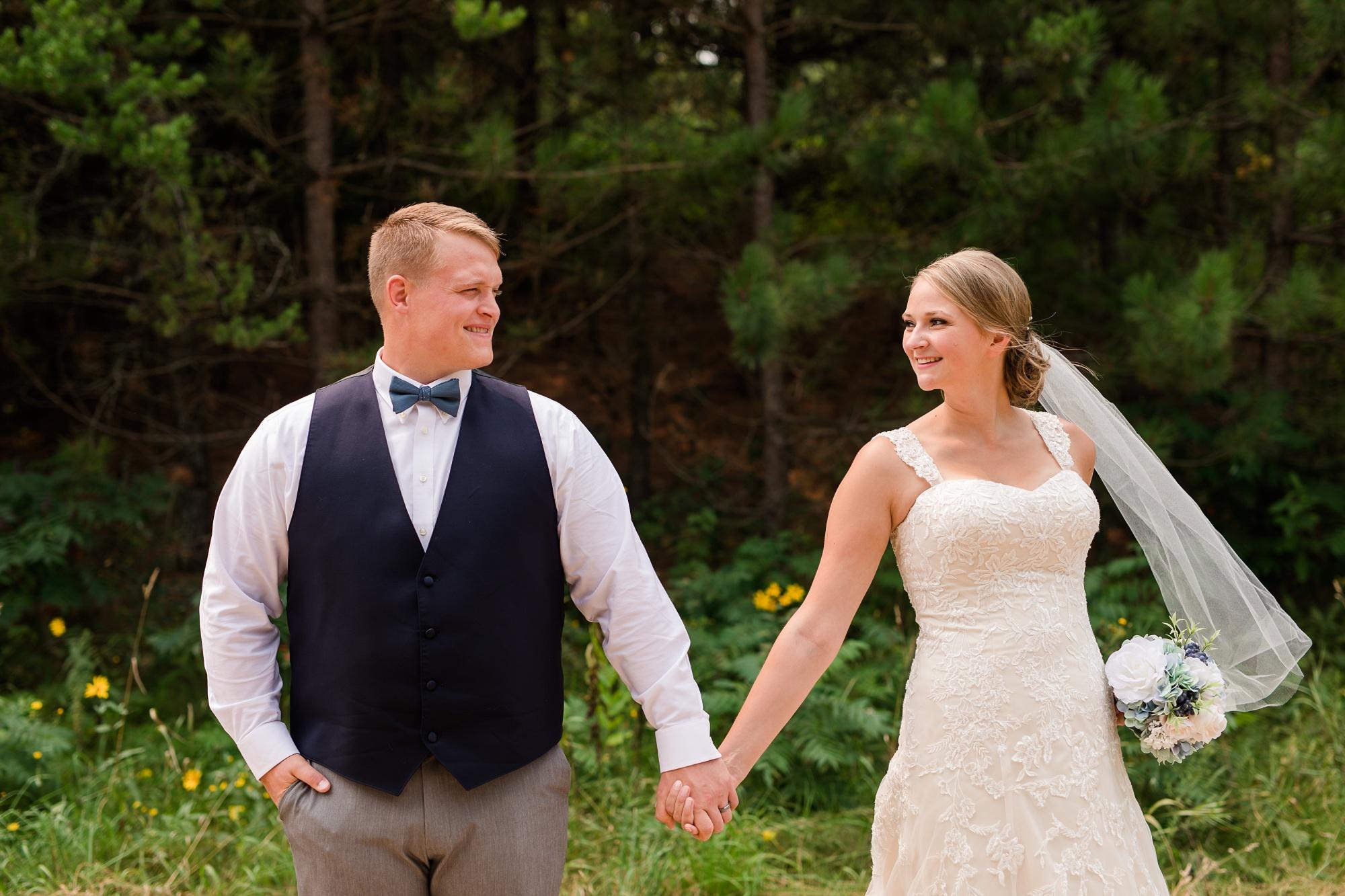 Amber Langerud Photography_Farmsite, Country Wedding_5569.jpg