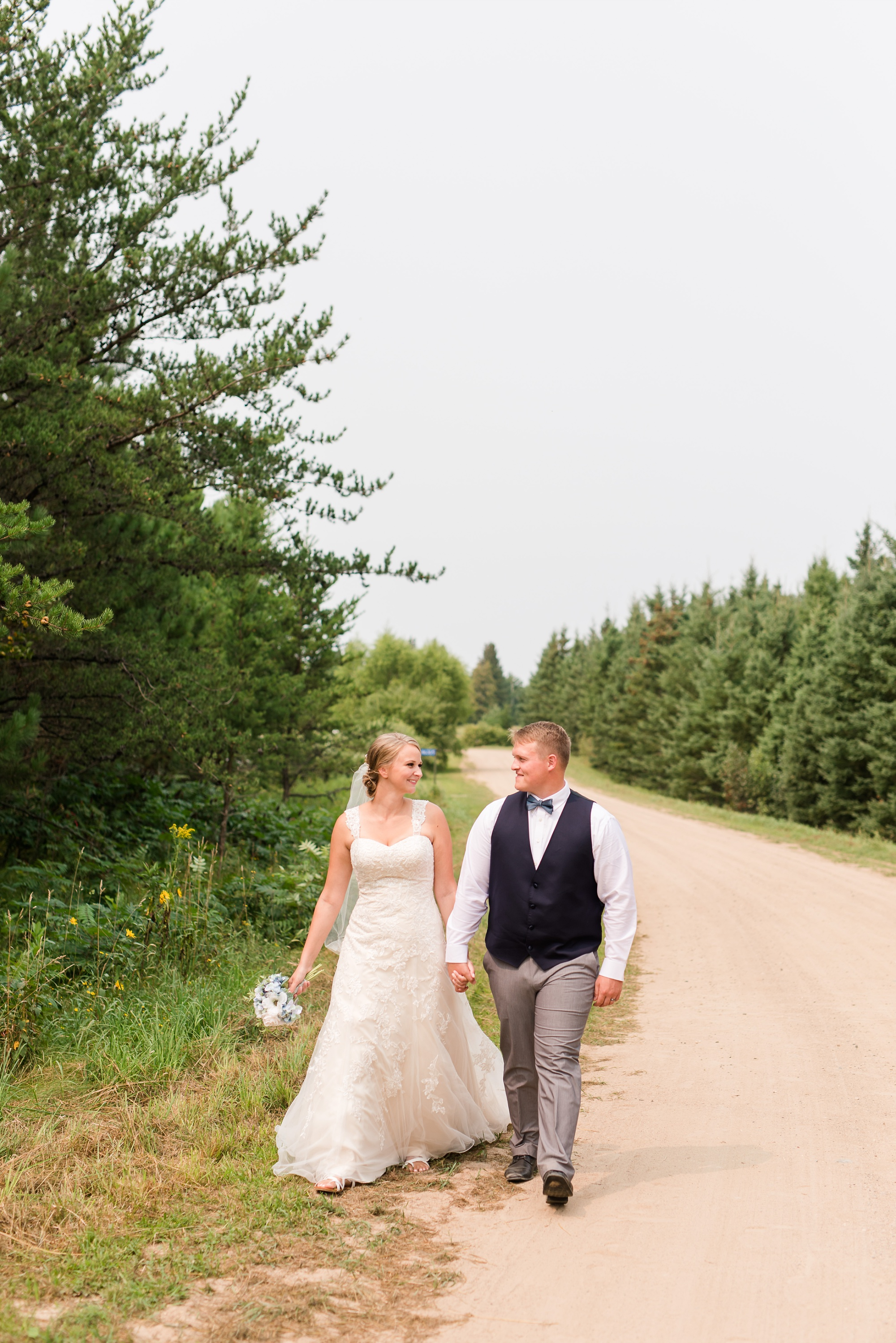 Amber Langerud Photography_Farmsite, Country Wedding_5570.jpg