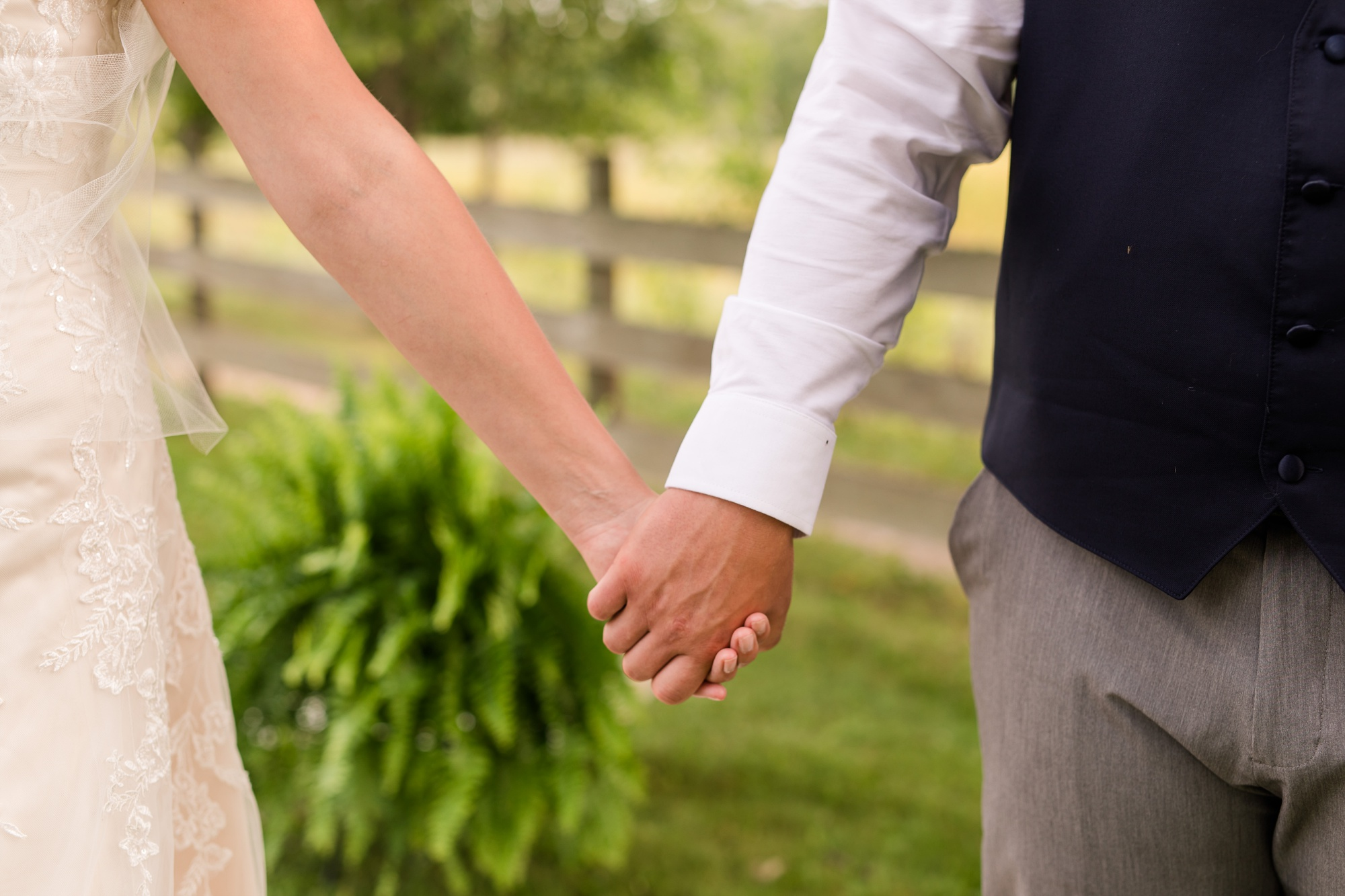 Amber Langerud Photography_Farmsite, Country Wedding_5580.jpg
