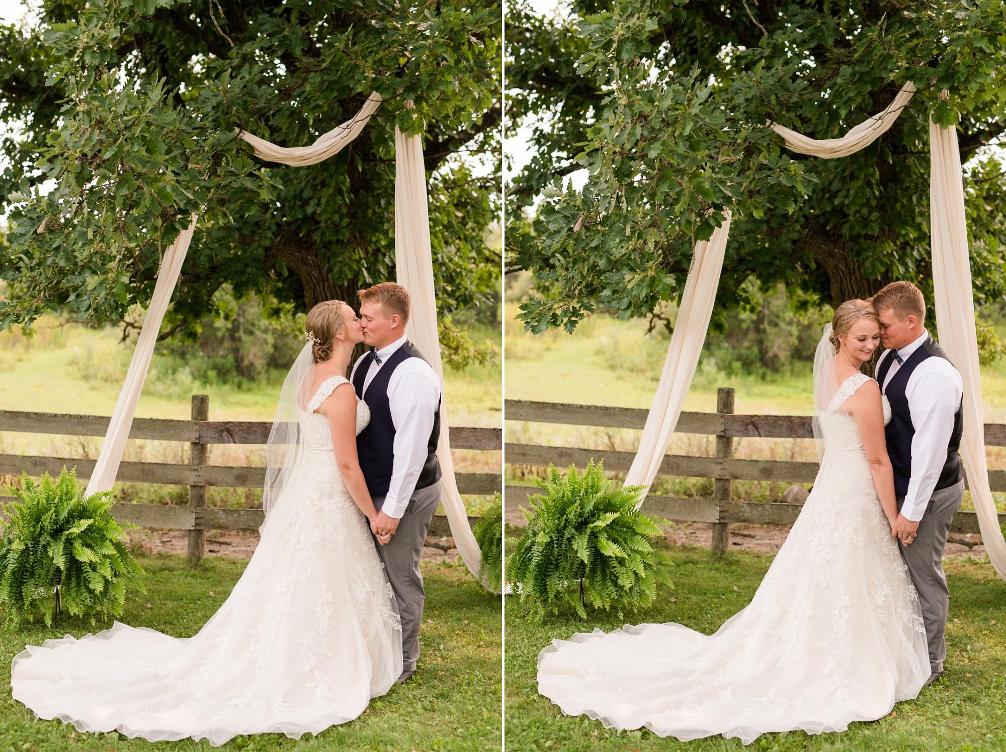 Amber Langerud Photography_Farmsite, Country Wedding_5581.jpg