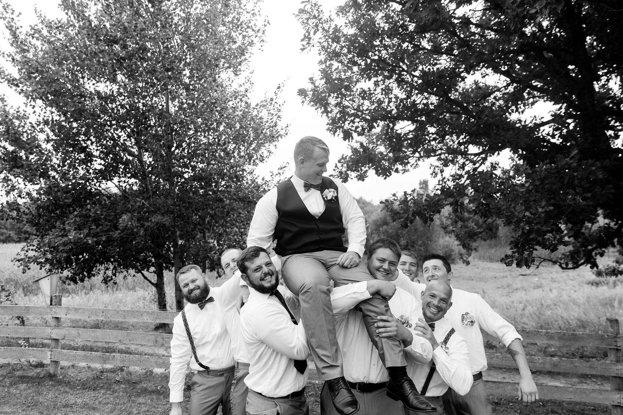 Amber Langerud Photography_Farmsite, Country Wedding_5597.jpg