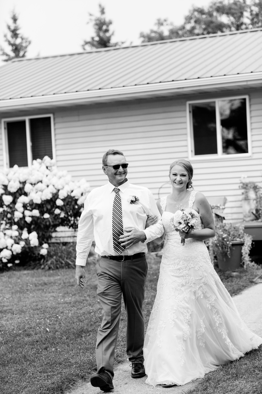 Amber Langerud Photography_Farmsite, Country Wedding_5617.jpg