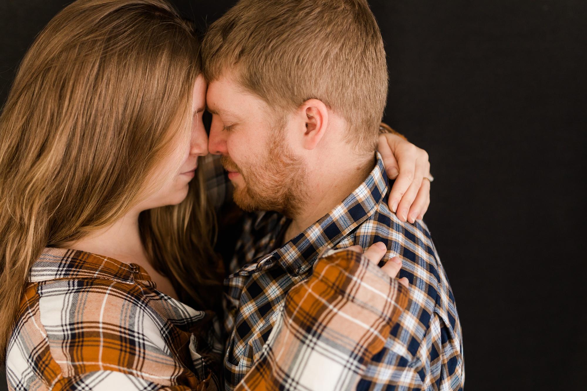 Amber Langerud Photography_Minnesota Winter Engagement Portraits_6131.jpg