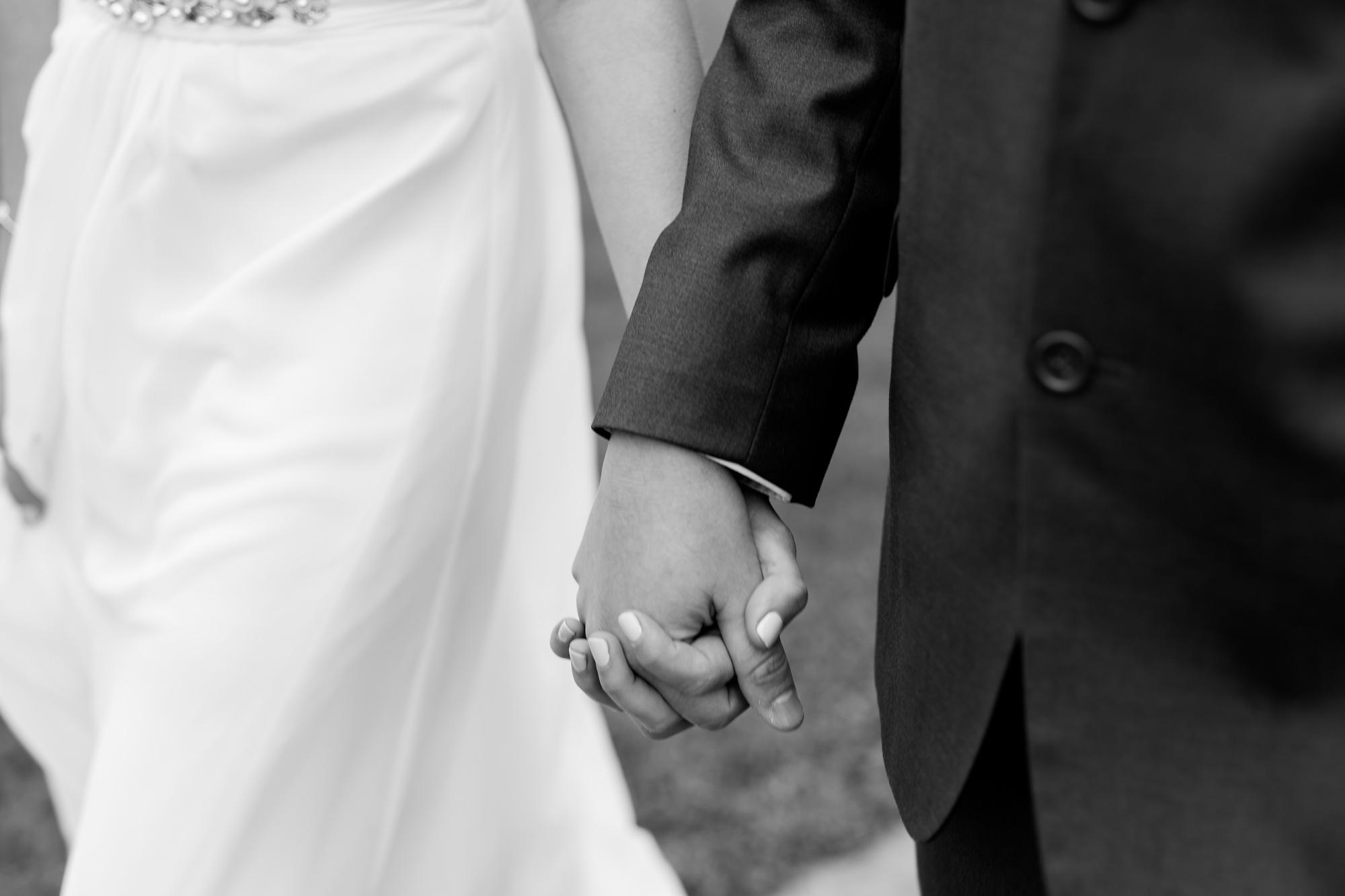 Amber Langerud Photography_Catholic Spring Wedding with Purple Accents_6309.jpg
