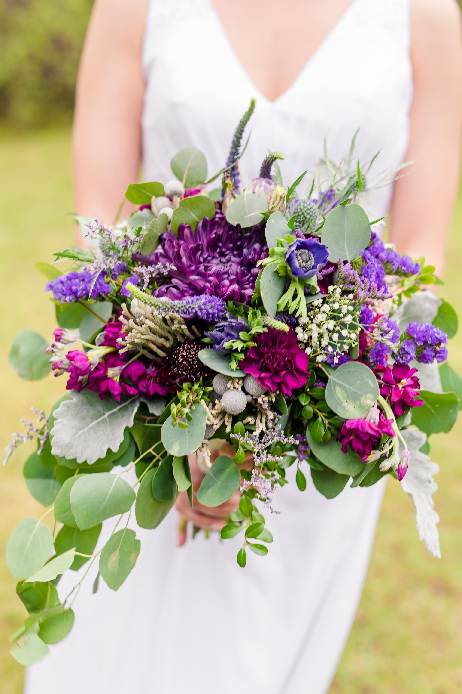 Amber Langerud Photography_Catholic Spring Wedding with Purple Accents_6315.jpg