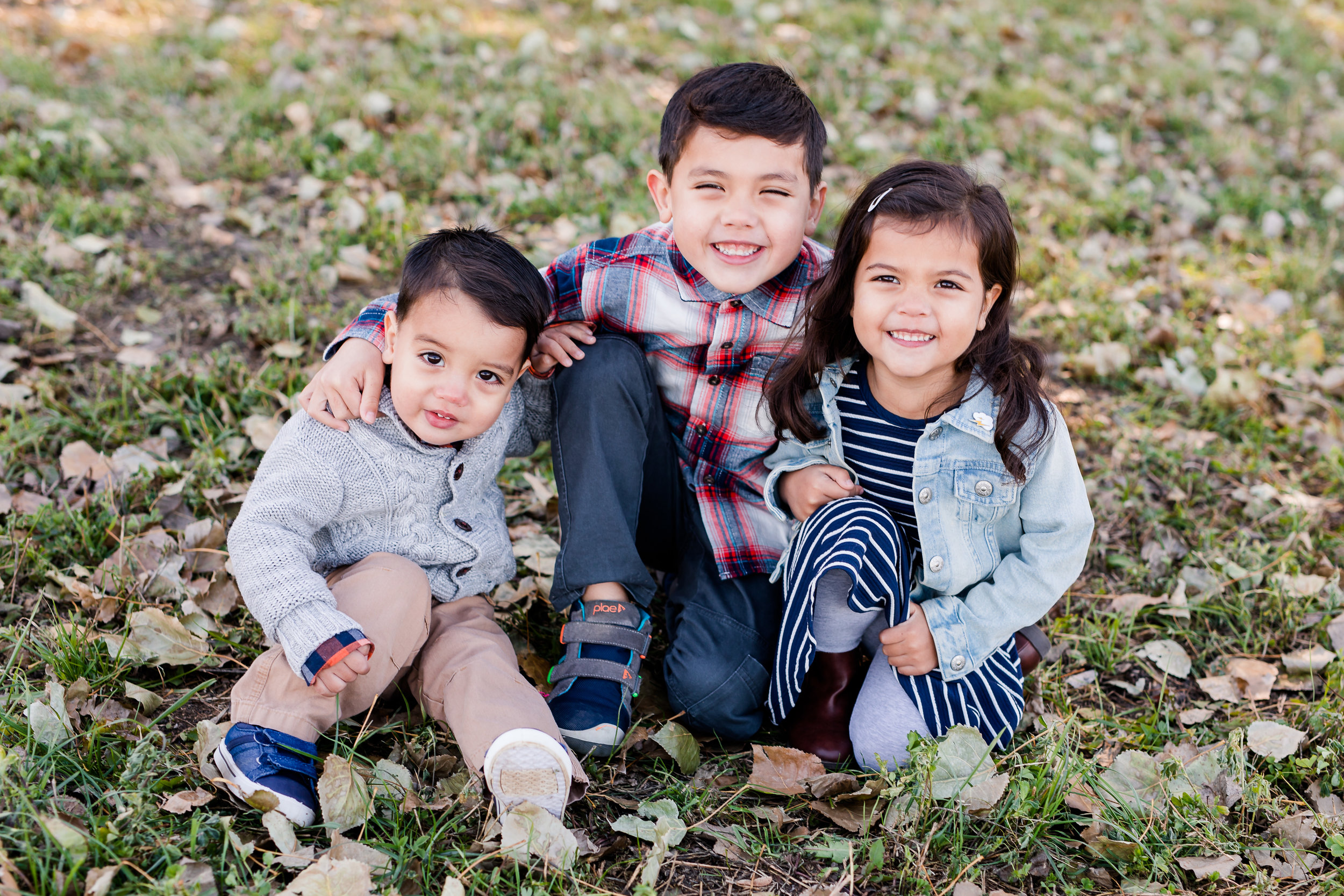 Kids Only + Digital Images - Includes appx 20 min of photography timeJust the kids (excludes newborn)Perfect for 1 Outfit & 1 Location10+ digital images with print release$300