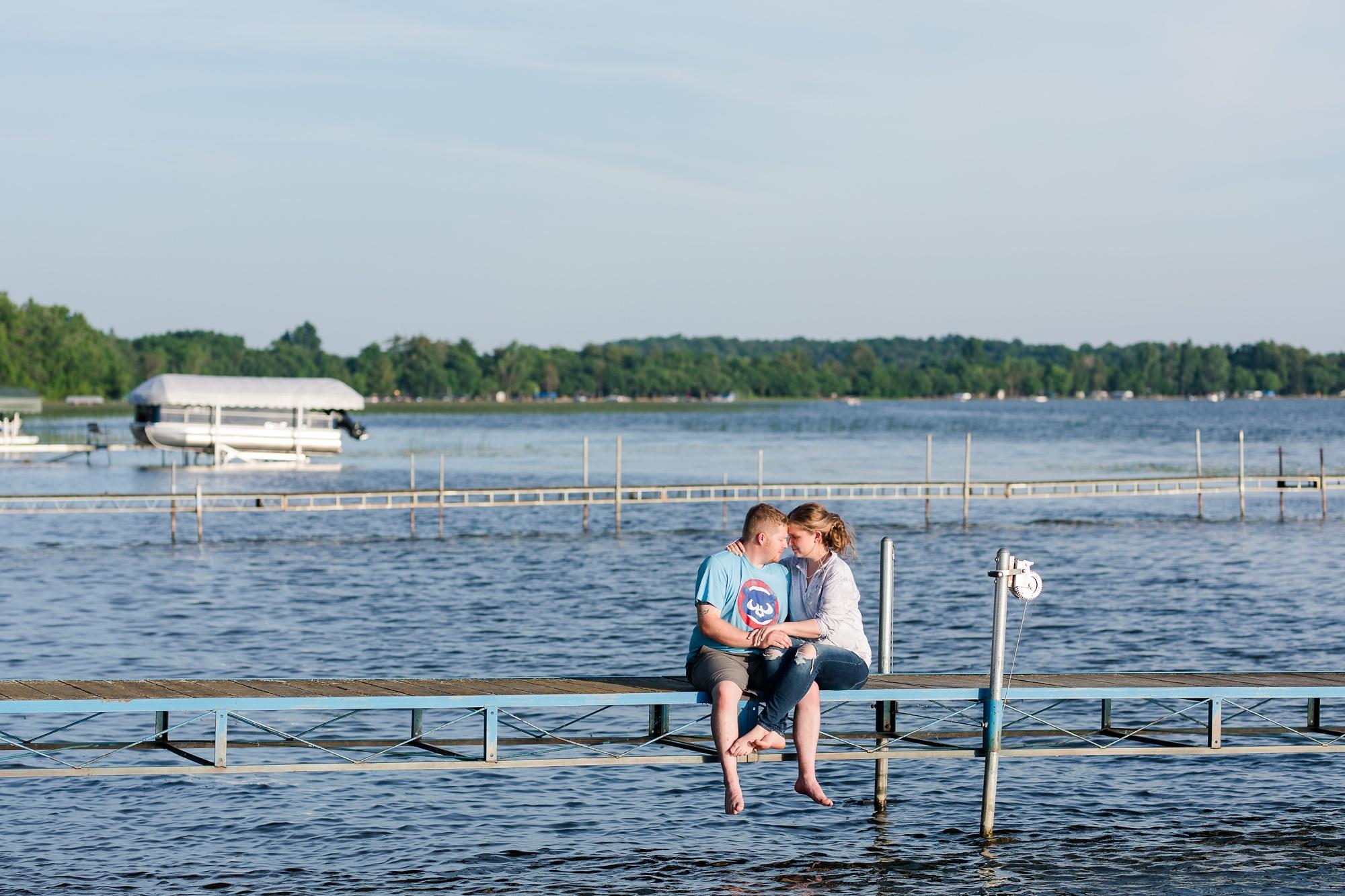 Amber Langerud Photography_Lakeside Summer Wedding on Big Pine Lake_6494.jpg