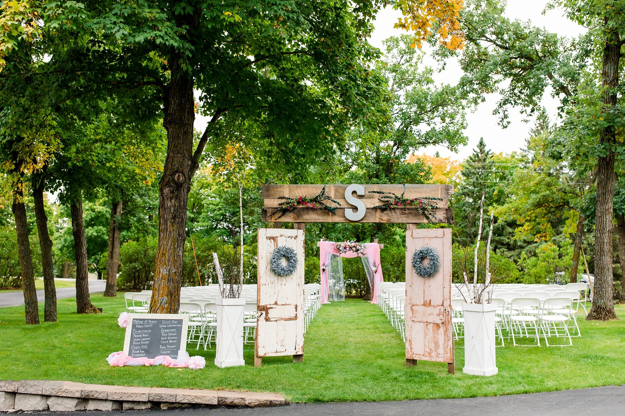 Amber Langerud Photography_Eagle Lake Rustic Styled Outdoor Wedding in Minnesota_6824.jpg