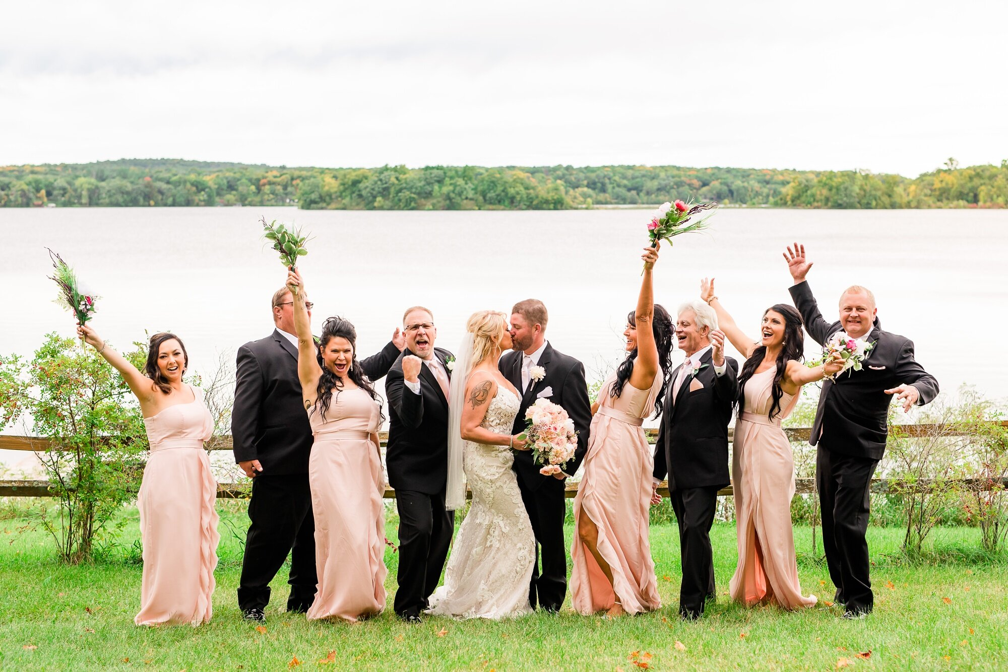 Amber Langerud Photography_Eagle Lake Rustic Styled Outdoor Wedding in Minnesota_6850.jpg