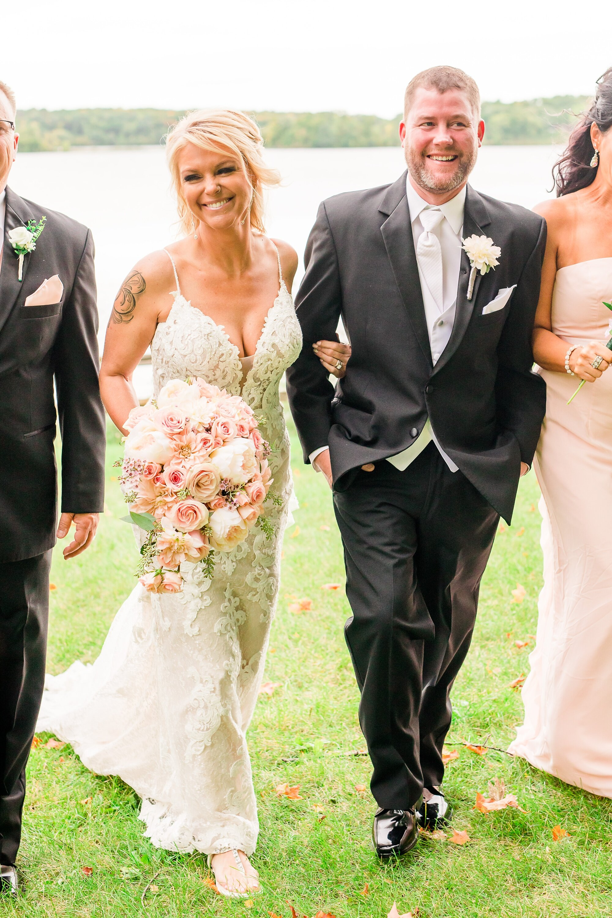 Amber Langerud Photography_Eagle Lake Rustic Styled Outdoor Wedding in Minnesota_6852.jpg