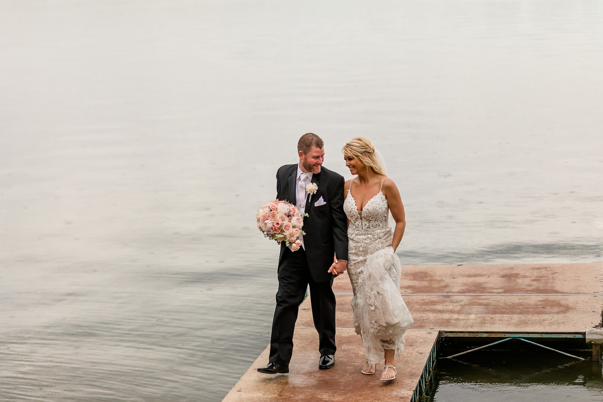 Amber Langerud Photography_Eagle Lake Rustic Styled Outdoor Wedding in Minnesota_6862.jpg