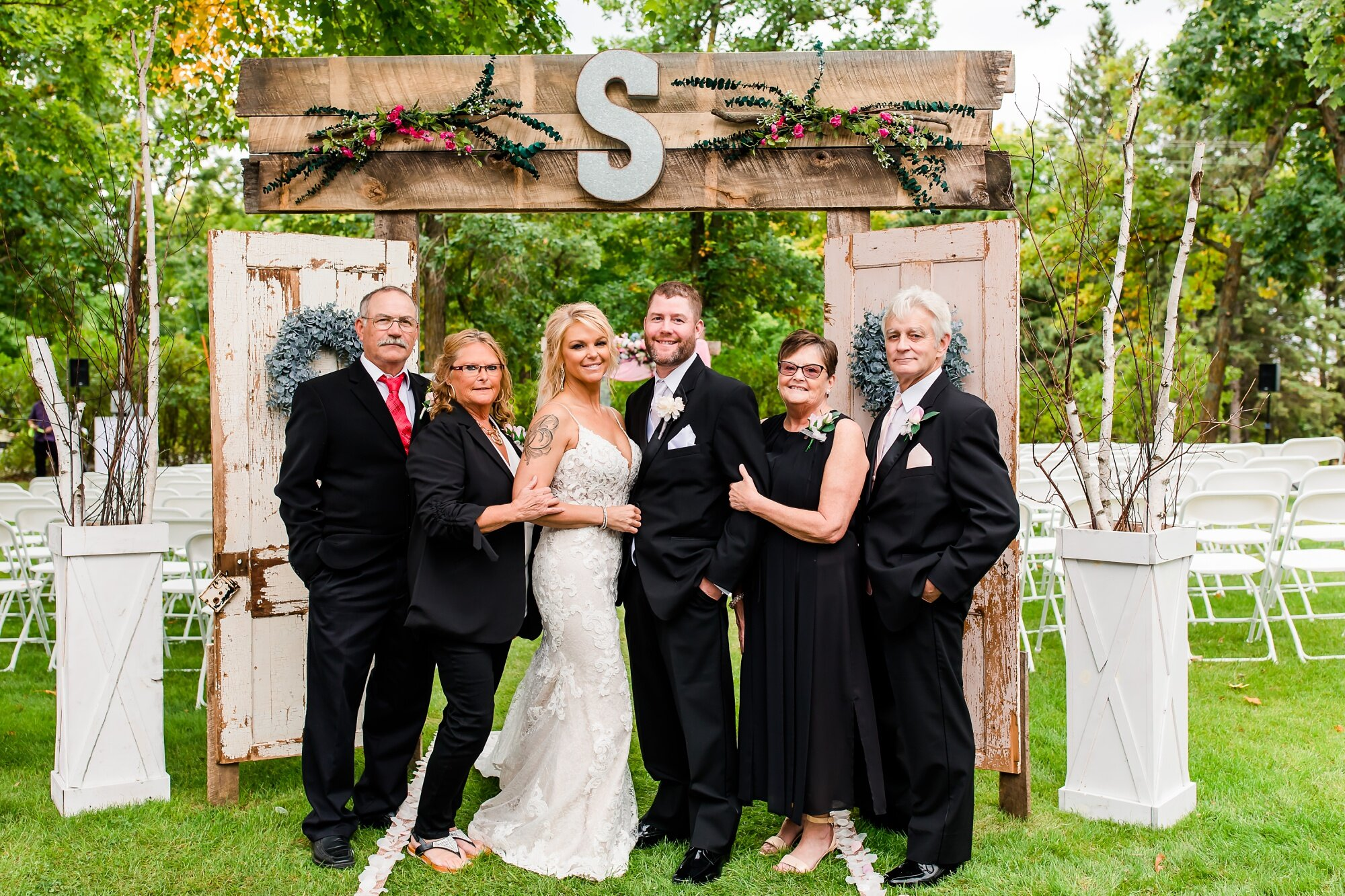 Amber Langerud Photography_Eagle Lake Rustic Styled Outdoor Wedding in Minnesota_6866.jpg