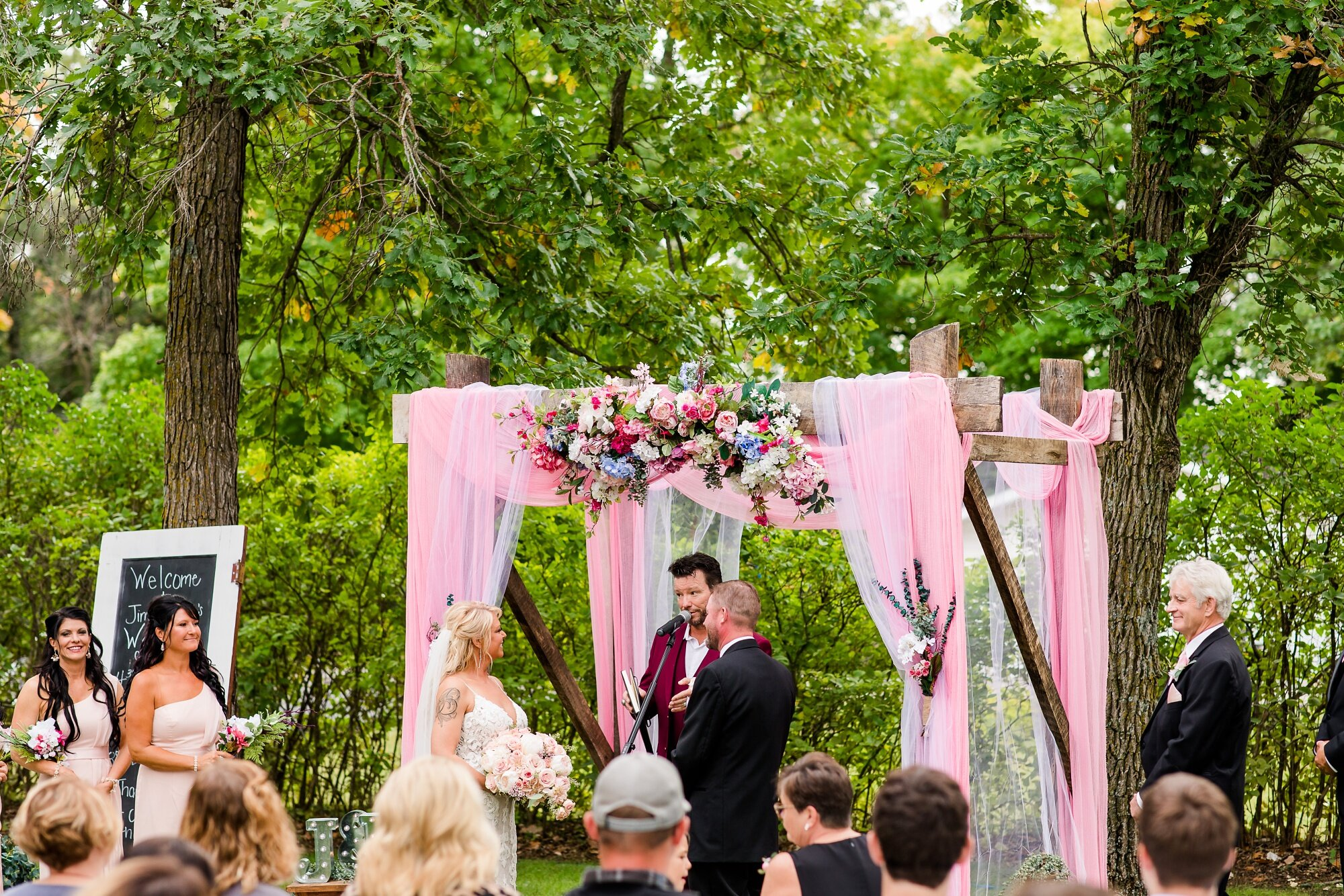 Amber Langerud Photography_Eagle Lake Rustic Styled Outdoor Wedding in Minnesota_6876.jpg
