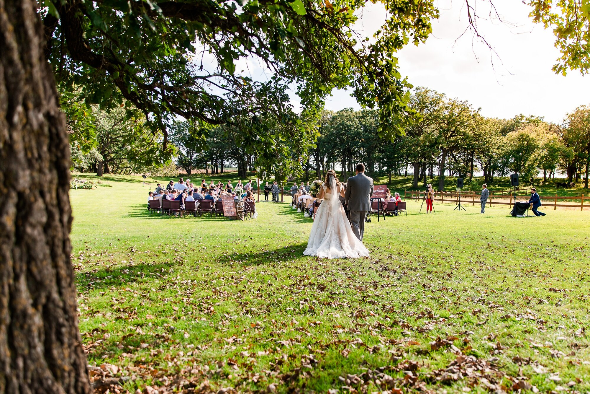 Amber Langerud Photography_Lake Park Minnesota, Outdoor Barn Wedding With Horses_6982.jpg