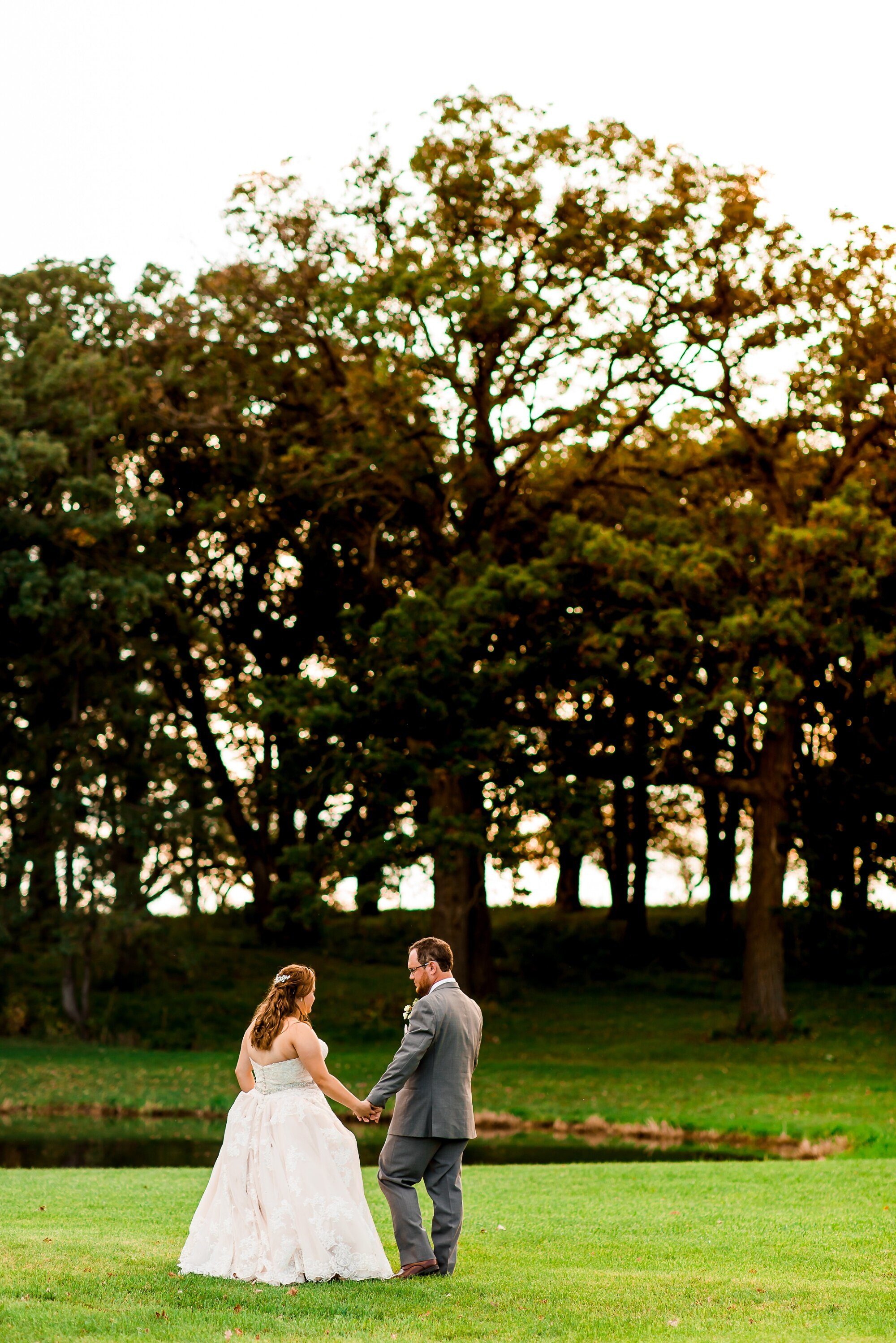 Amber Langerud Photography_Lake Park Minnesota, Outdoor Barn Wedding With Horses_7020.jpg