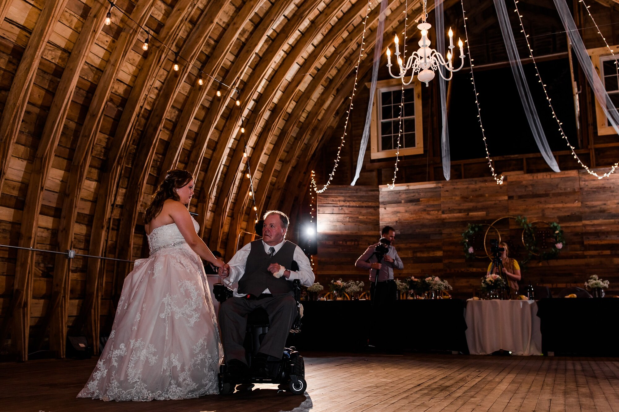 Amber Langerud Photography_Lake Park Minnesota, Outdoor Barn Wedding With Horses_7024.jpg
