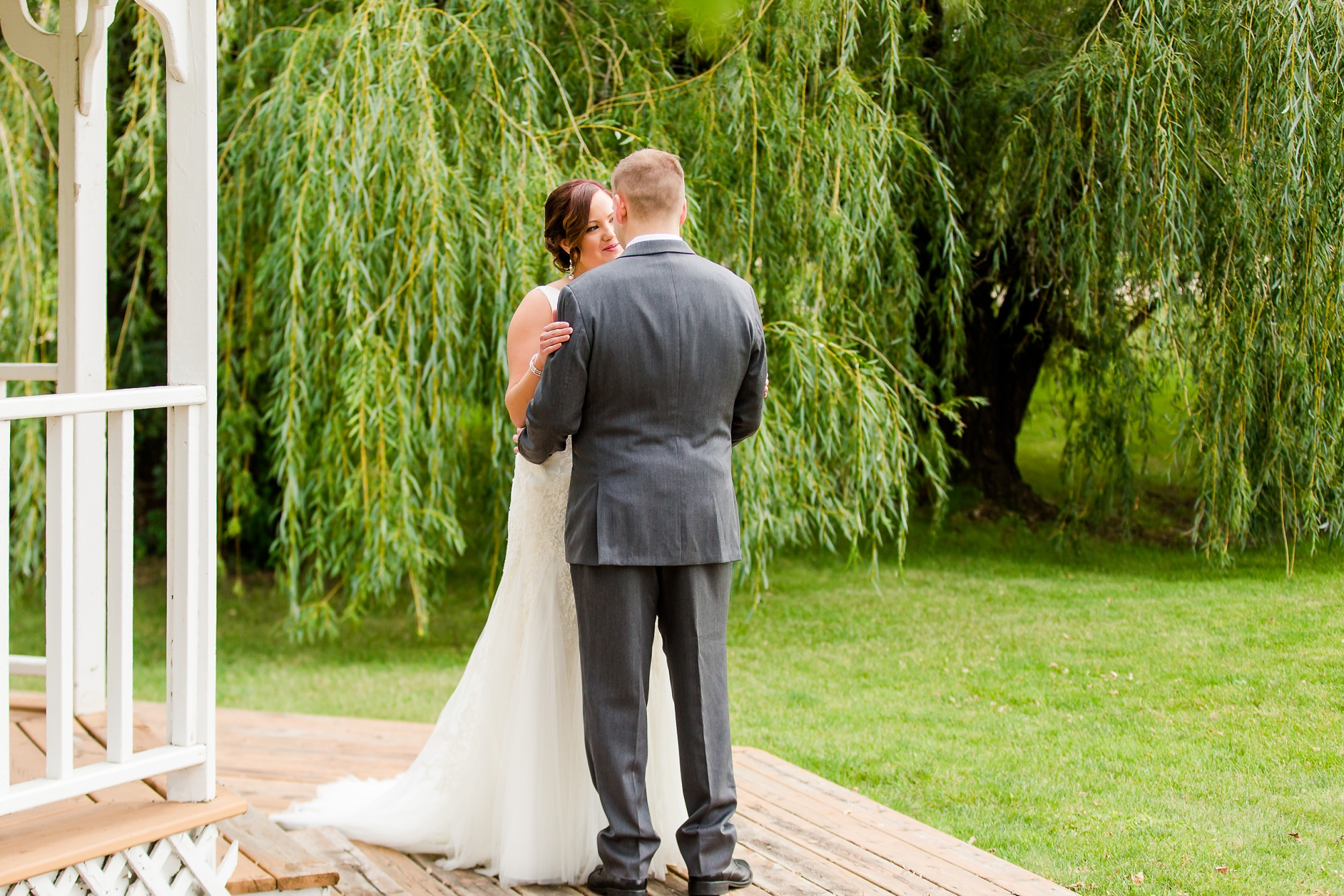 Amber Langerud Photography_Moohread, Outdoor, Barn Wedding at A Friends House_7047.jpg
