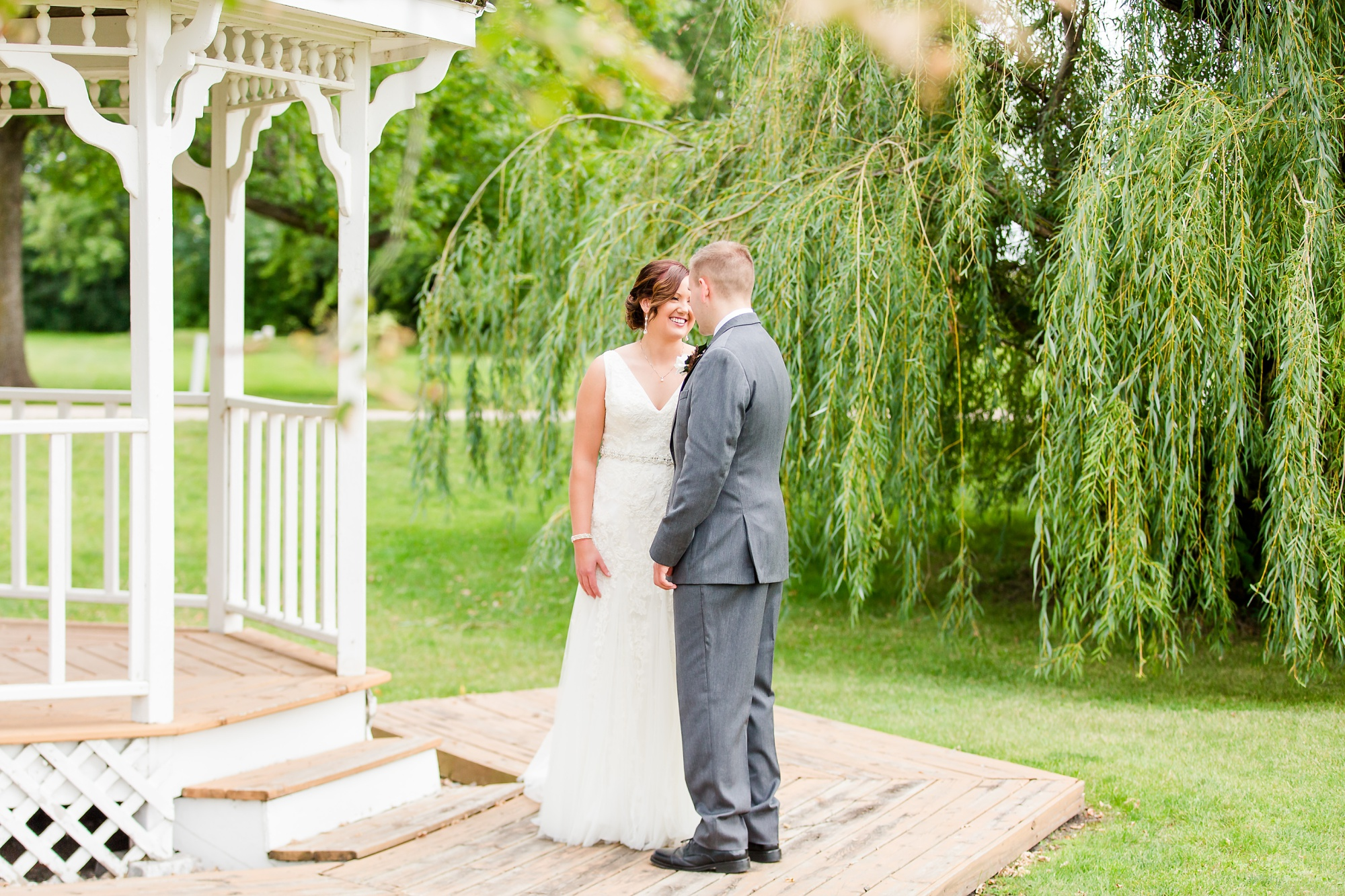 Amber Langerud Photography_Moohread, Outdoor, Barn Wedding at A Friends House_7050.jpg