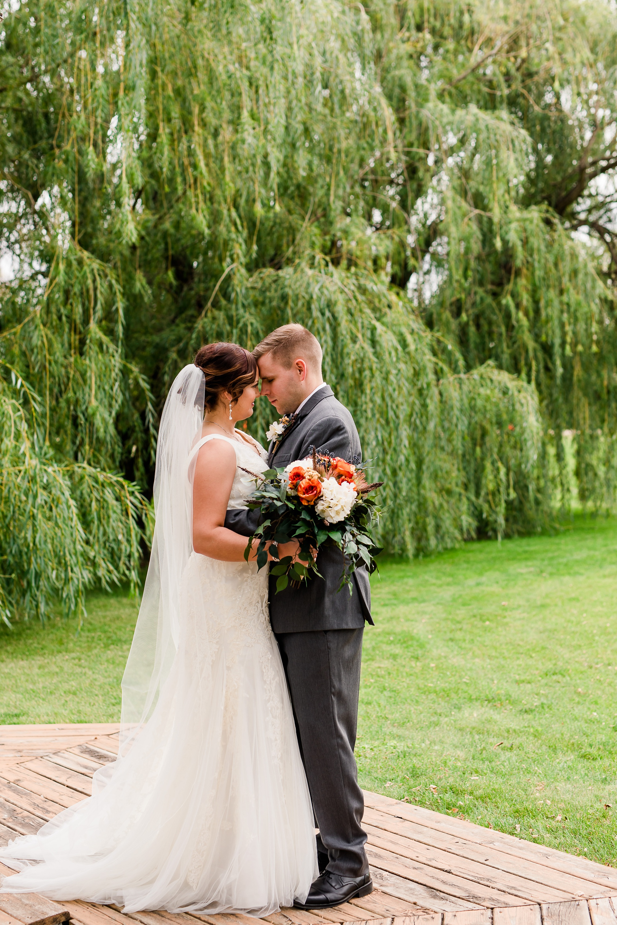 Amber Langerud Photography_Moohread, Outdoor, Barn Wedding at A Friends House_7055.jpg