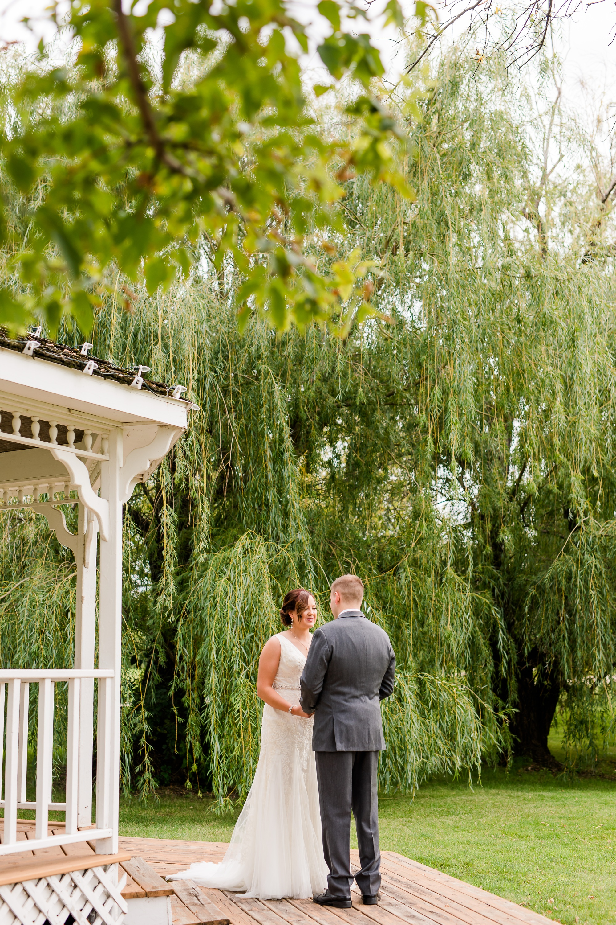 Amber Langerud Photography_Moohread, Outdoor, Barn Wedding at A Friends House_7053.jpg