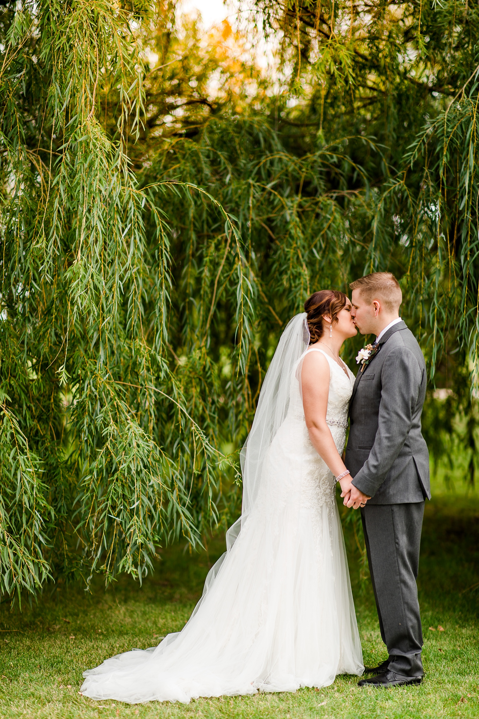 Amber Langerud Photography_Moohread, Outdoor, Barn Wedding at A Friends House_7061-2.jpg