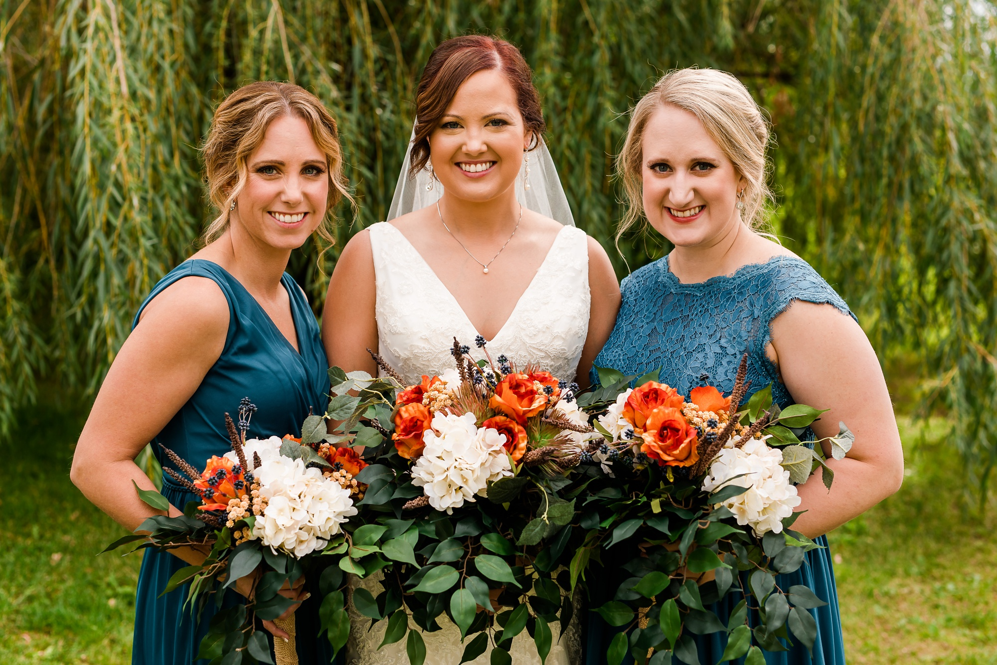 Amber Langerud Photography_Moohread, Outdoor, Barn Wedding at A Friends House_7077.jpg