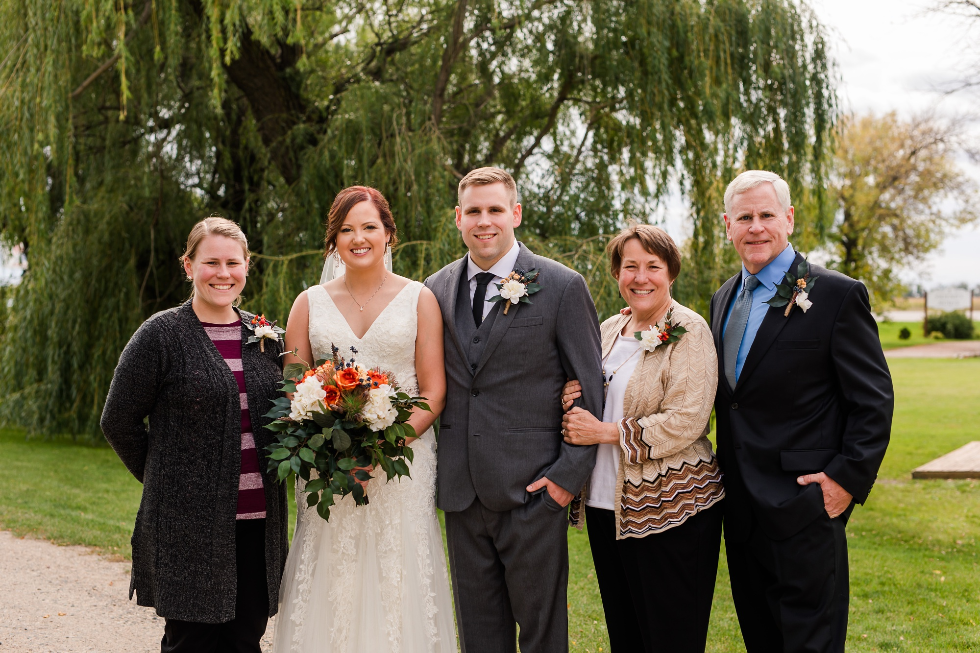 Amber Langerud Photography_Moohread, Outdoor, Barn Wedding at A Friends House_7083.jpg