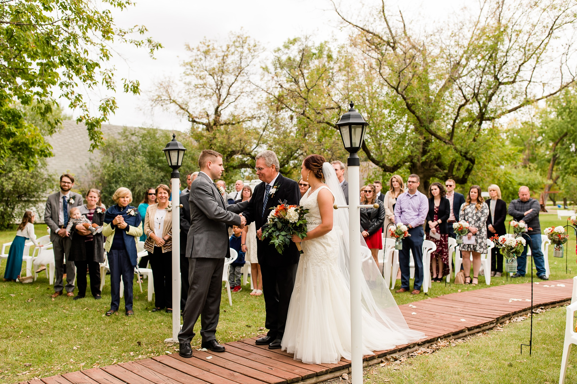 Amber Langerud Photography_Moohread, Outdoor, Barn Wedding at A Friends House_7098.jpg