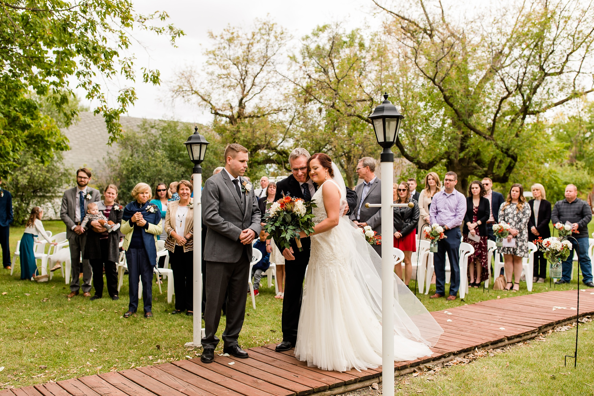 Amber Langerud Photography_Moohread, Outdoor, Barn Wedding at A Friends House_7099.jpg