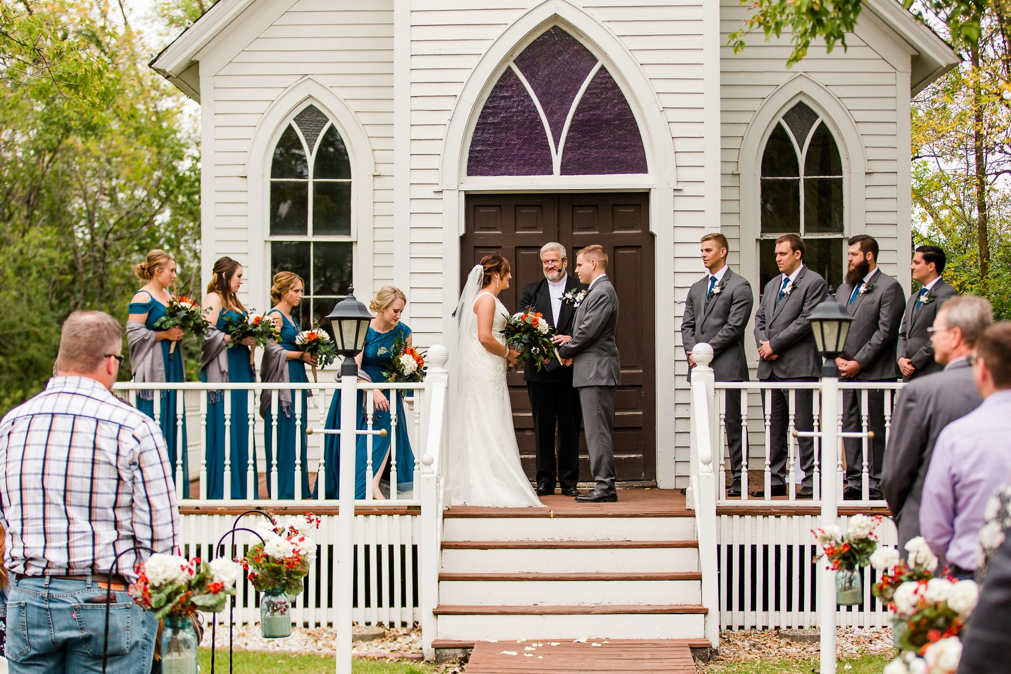 Amber Langerud Photography_Moohread, Outdoor, Barn Wedding at A Friends House_7101.jpg