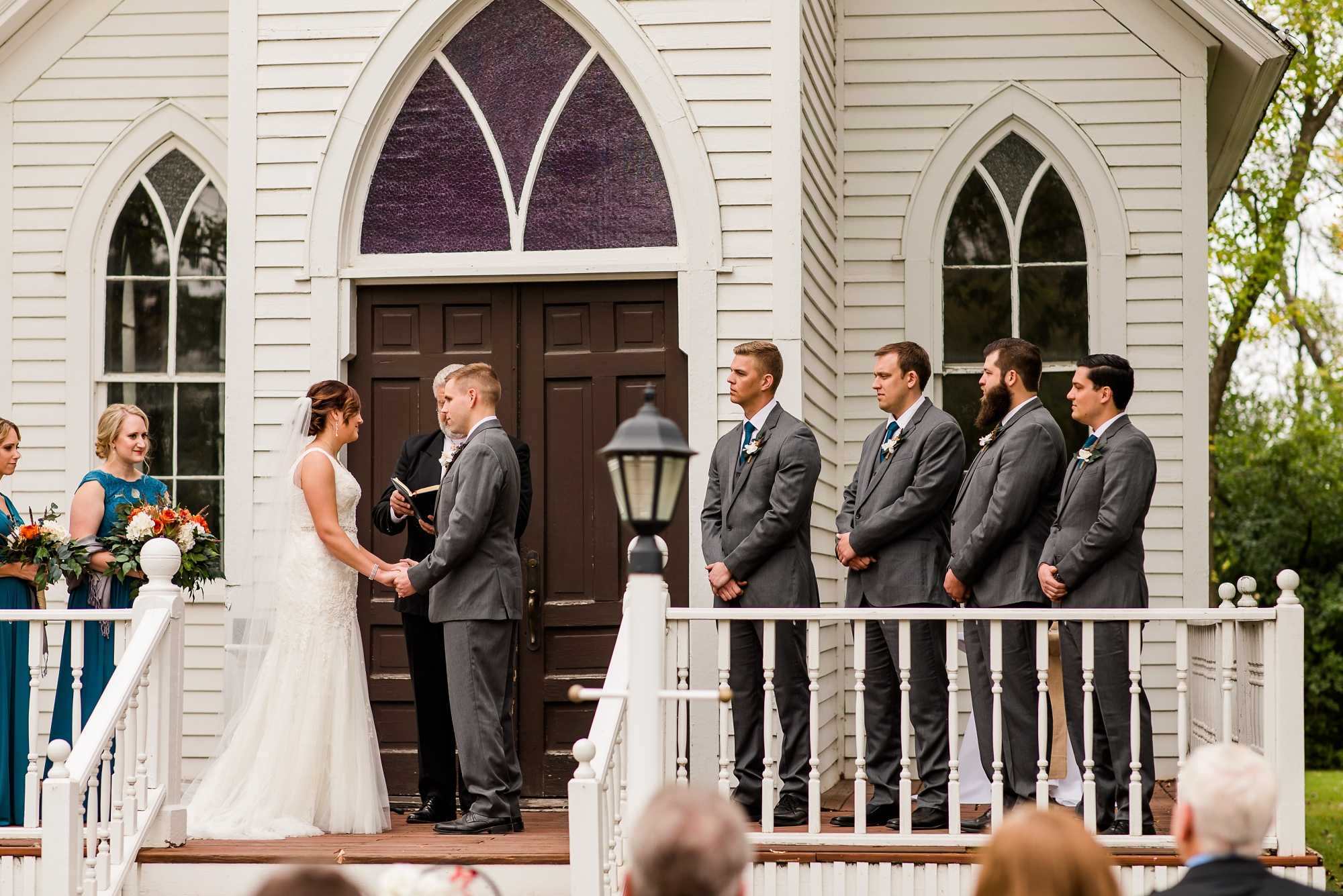Amber Langerud Photography_Moohread, Outdoor, Barn Wedding at A Friends House_7105.jpg