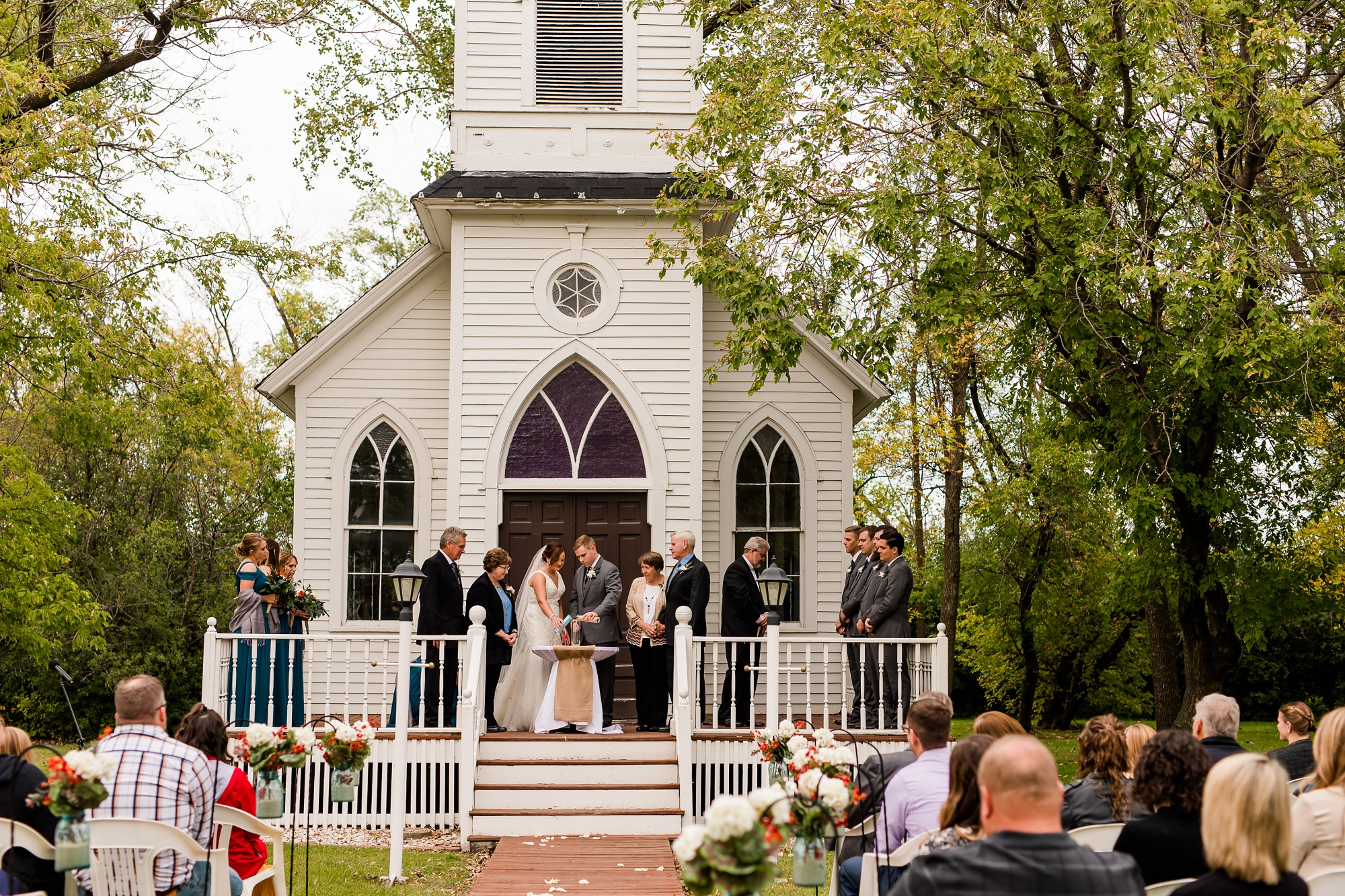 Amber Langerud Photography_Moohread, Outdoor, Barn Wedding at A Friends House_7109.jpg