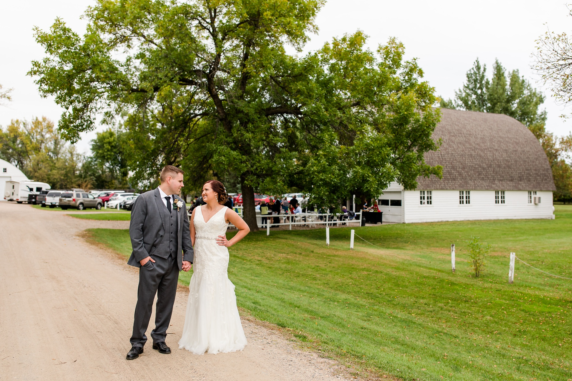 Amber Langerud Photography_Moohread, Outdoor, Barn Wedding at A Friends House_7123.jpg