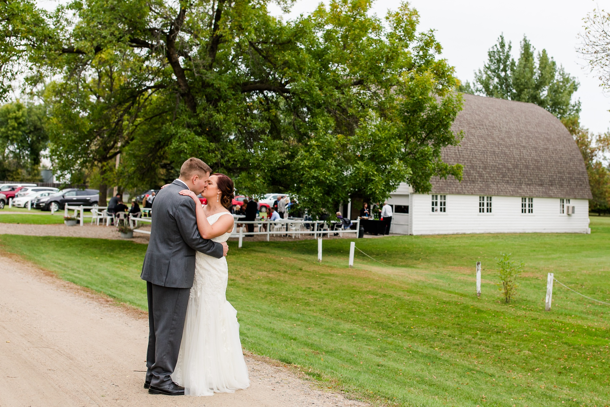 Amber Langerud Photography_Moohread, Outdoor, Barn Wedding at A Friends House_7121.jpg