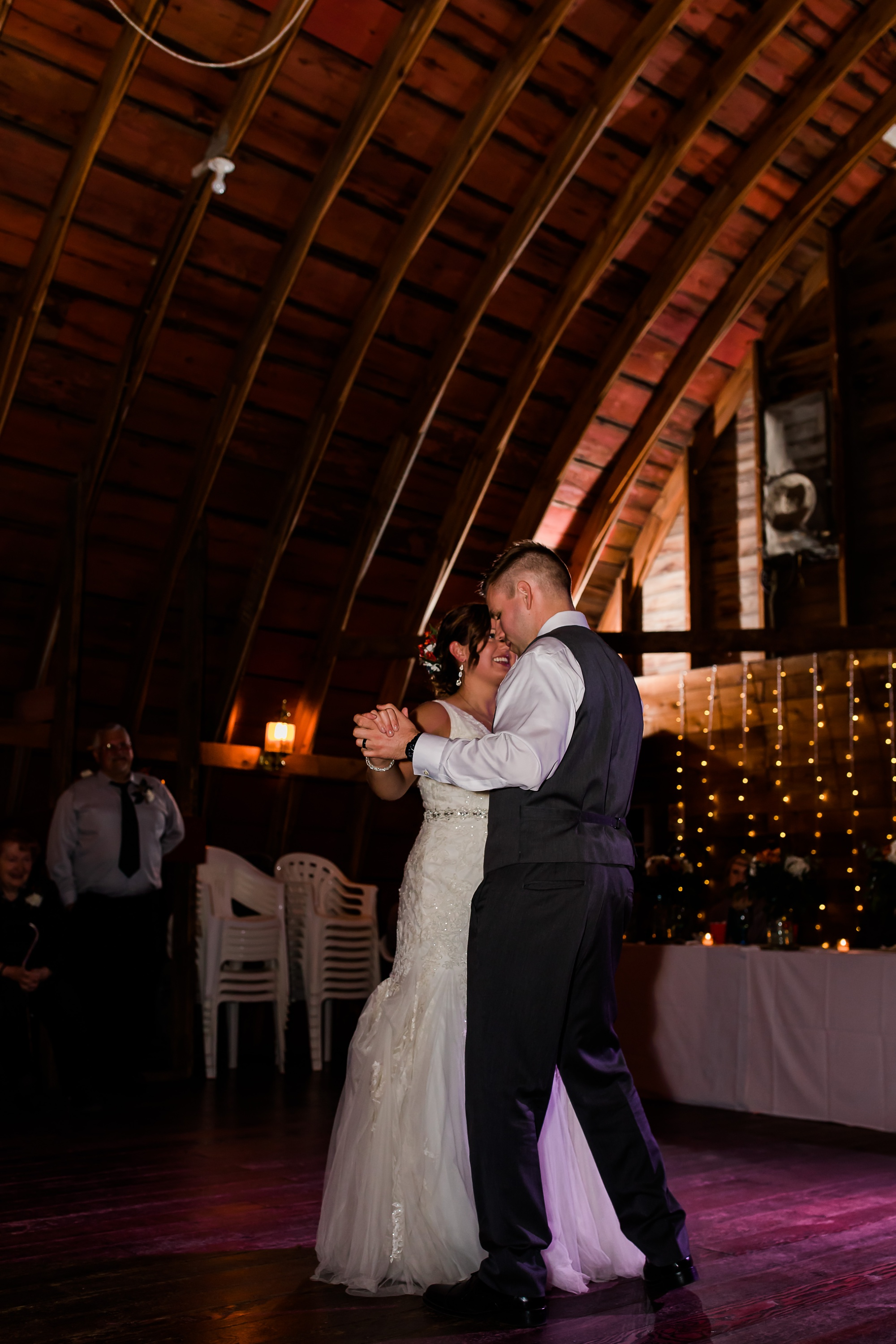 Amber Langerud Photography_Moohread, Outdoor, Barn Wedding at A Friends House_7152.jpg