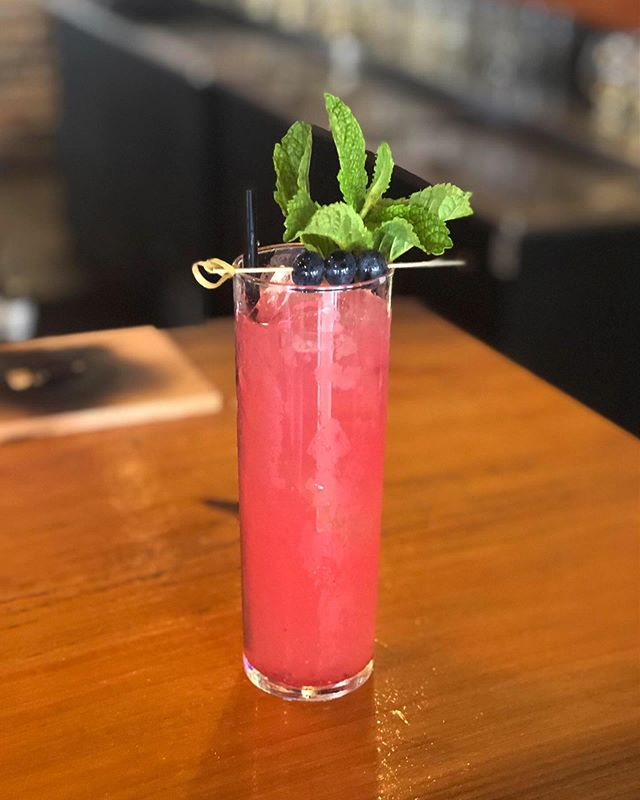 "Fresh, fruity, and on fleek... is ""on fleek"" still a thing? . . . #drinkstagram #cocktails #refreshing #fresh #rabbiteyemule #yum #thecraftbarfl"