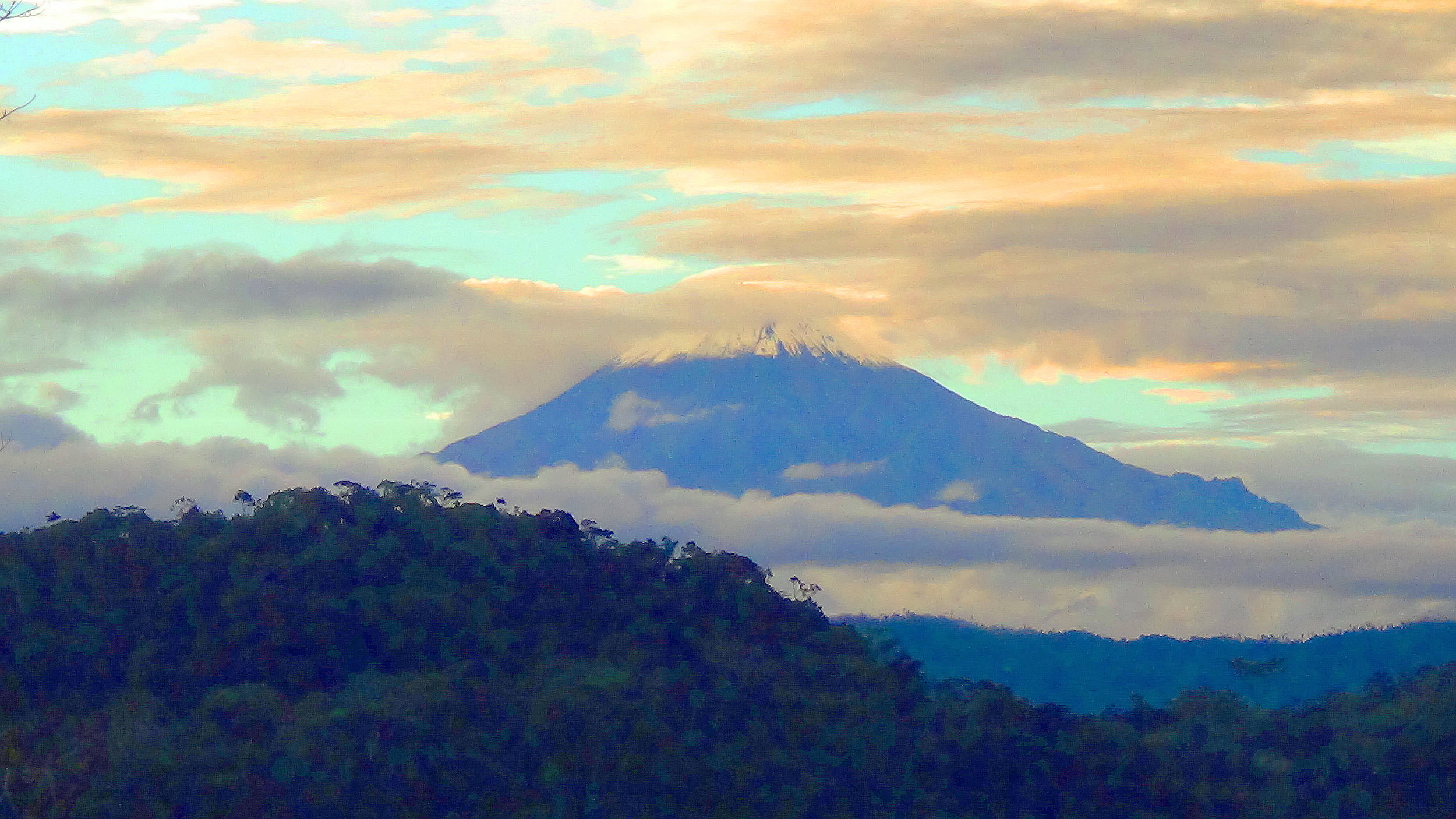 Sungay-mountain-ayahuascainecuador