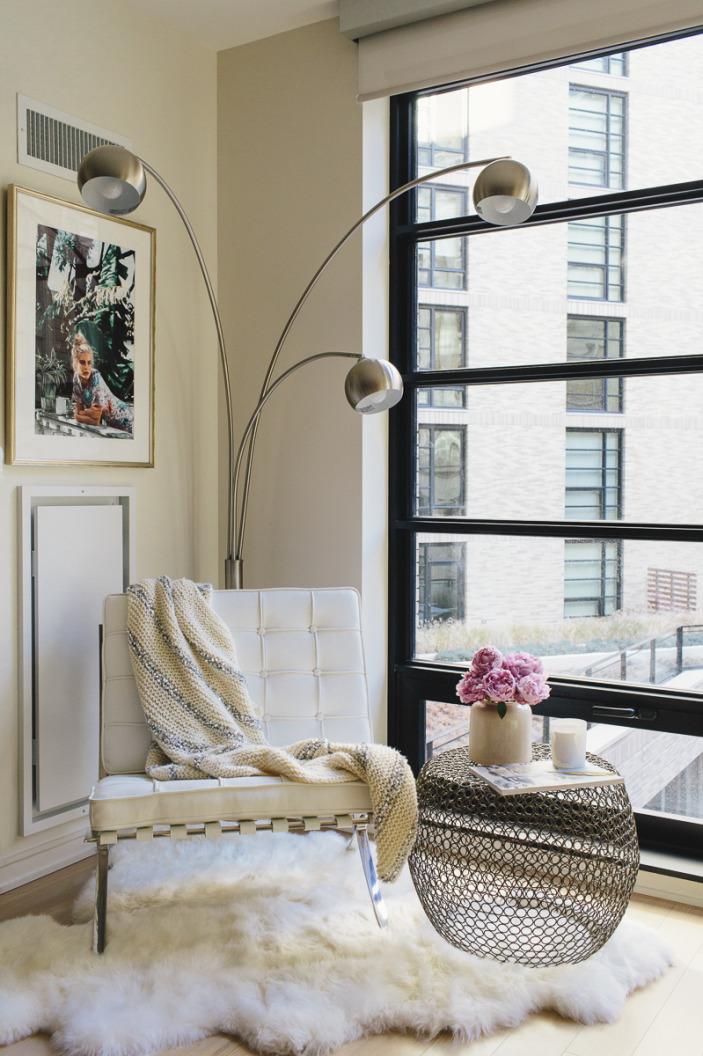 living room nook-barcelona chair-fur throw.jpeg