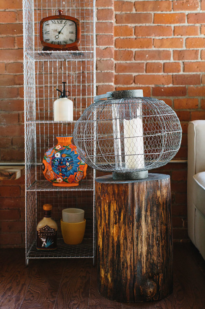 stump-end-table-cage-candle.jpeg
