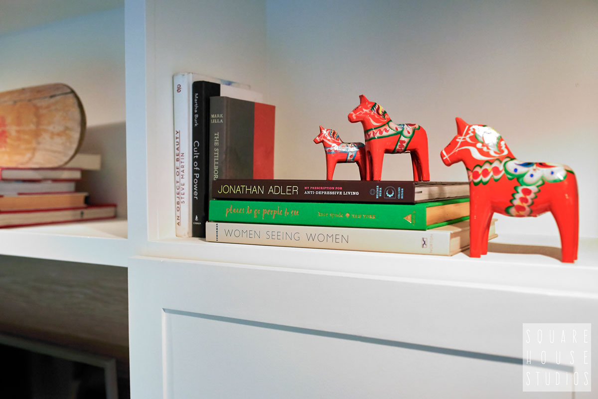 built-in-detail-cubby-vintage-horses-and-books.jpg