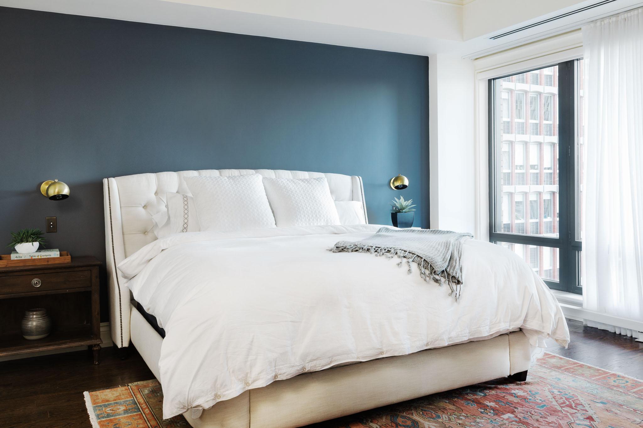 bedroom-accent wall-brass-wide.jpg