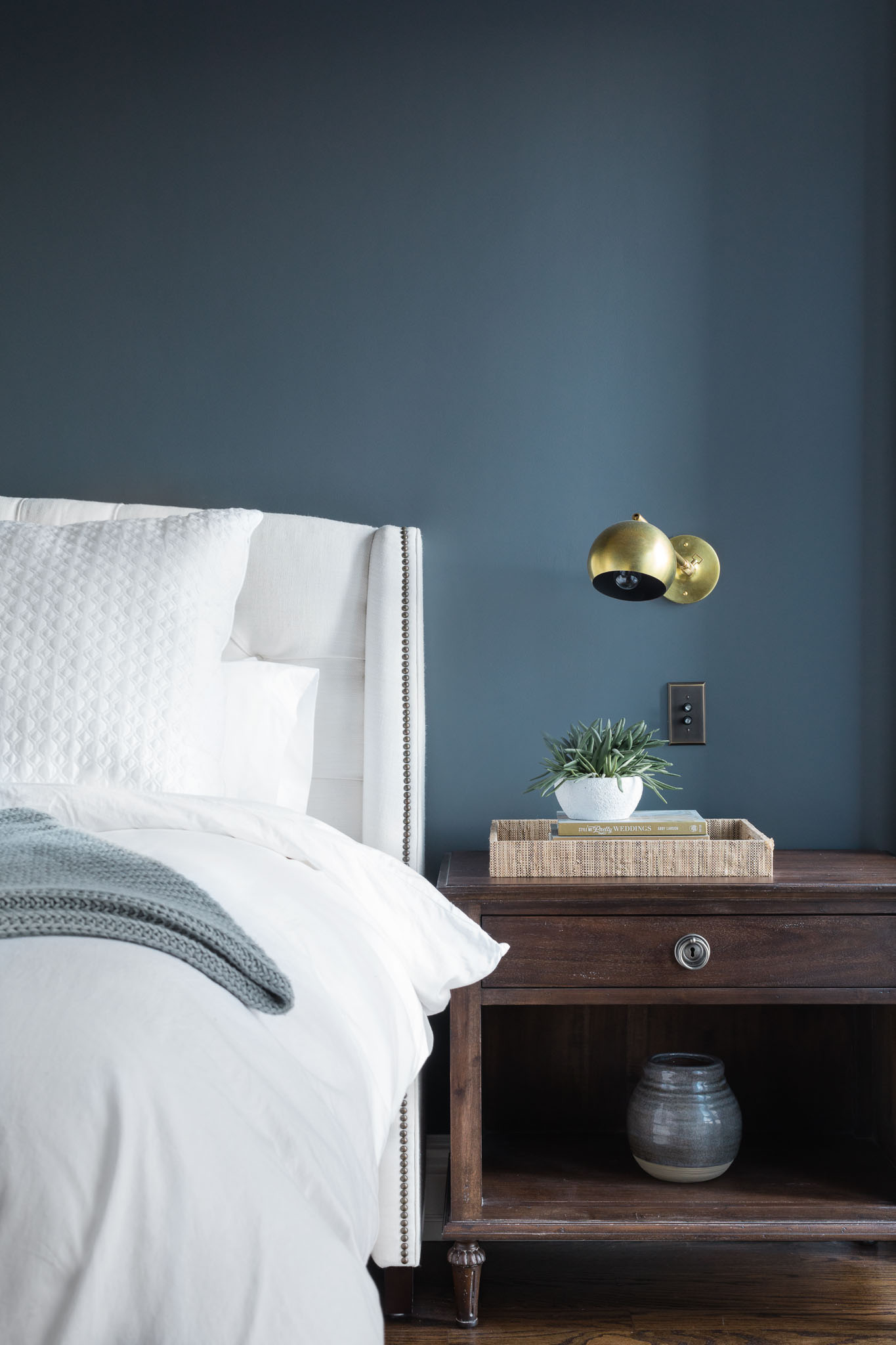 bedroom-medium-accent wall-brass sconce.jpg