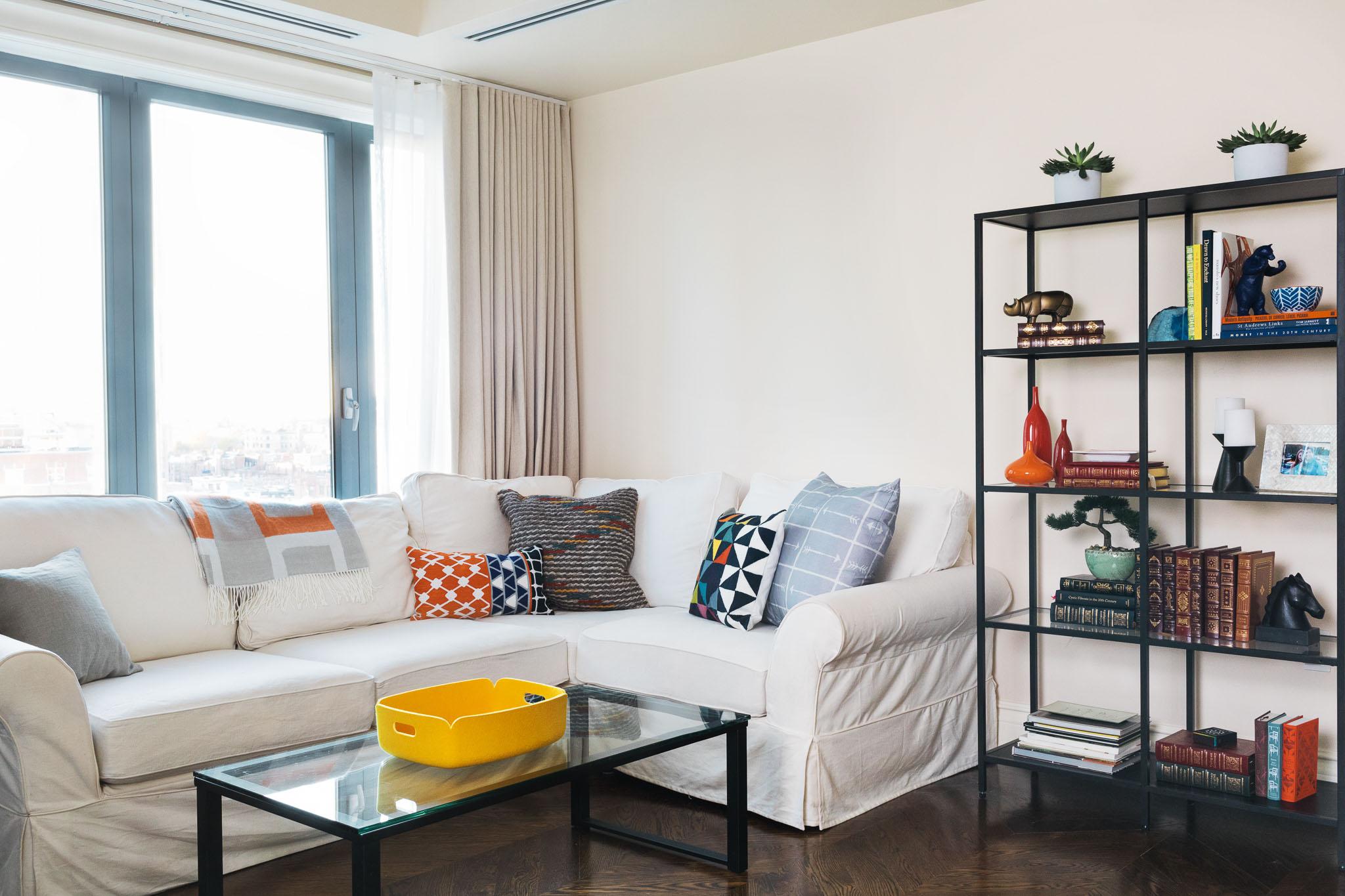lounge-wide-casual-bookshelves.jpg