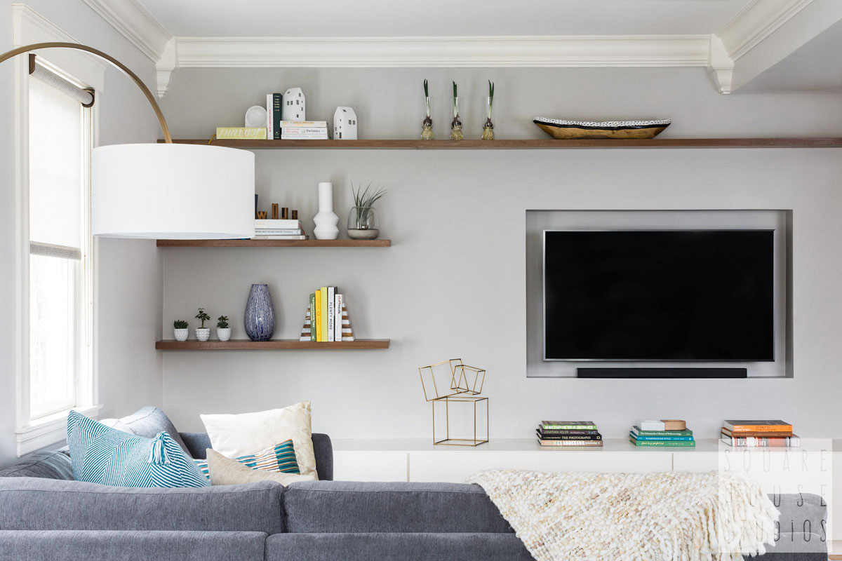 living room-built in-tv.jpg