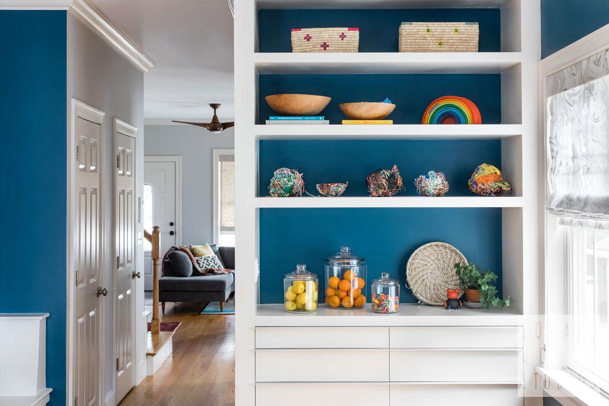 built-in-cabinet-modern-dining.jpg