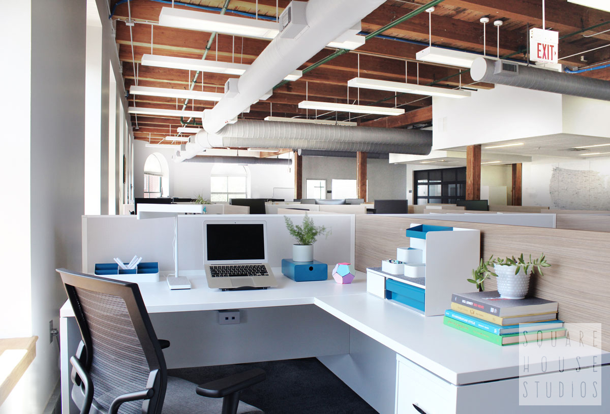 squarehouse studios-commercial-workstation-office.jpg