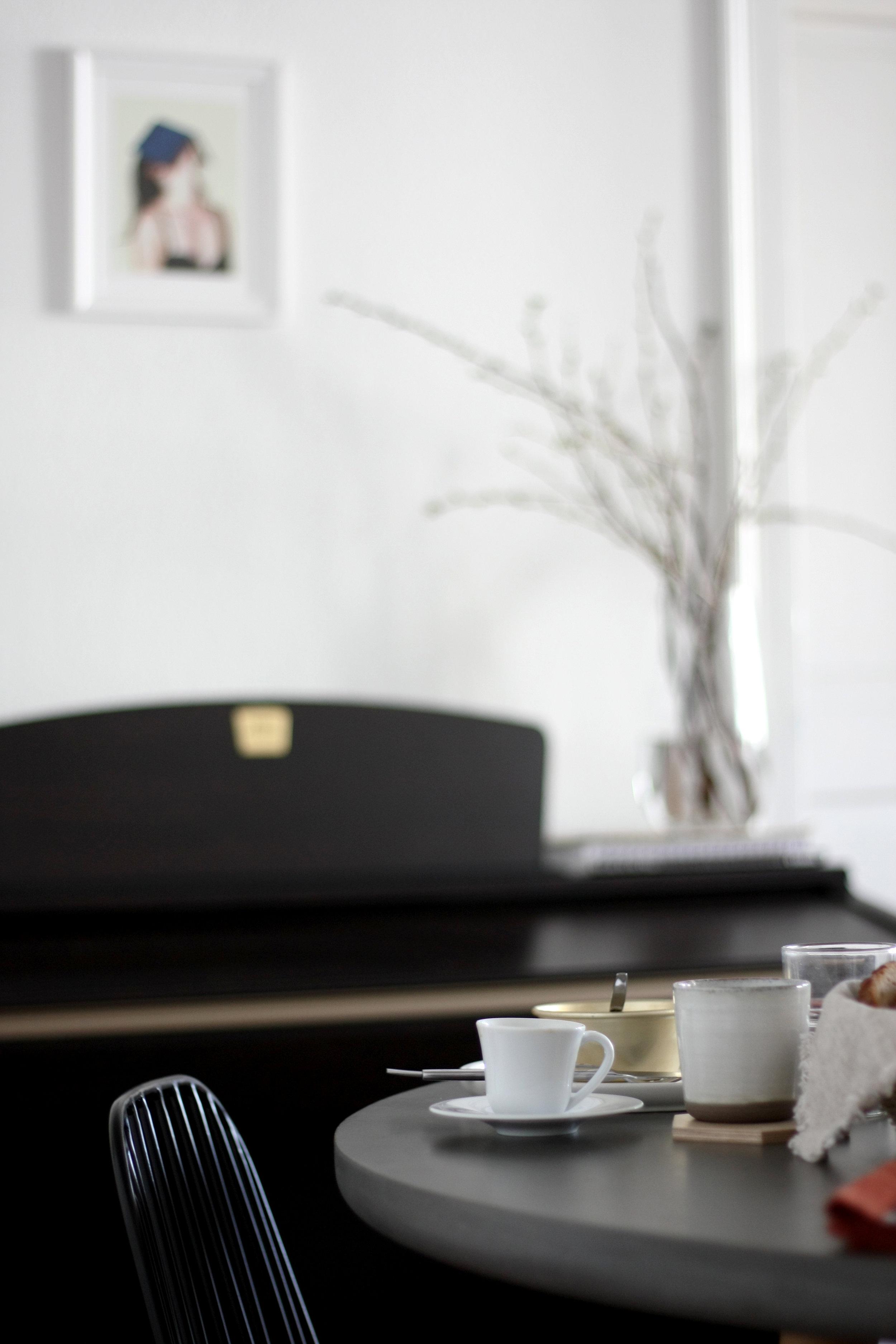 breakfast table scene by lifestyle Si.jpg