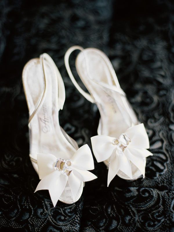 Sodo Park Wedding in Seattle | Elegant Seattle Wedding | New Creations Wedding Design and Coordination | Mastin Studio